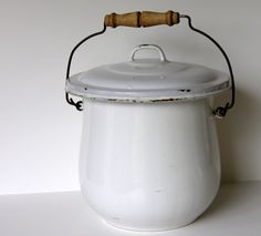 Enamelware Antique -white, large pot with wood handle and lid