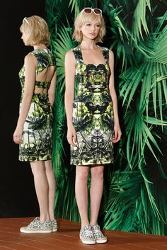 Nicole Miller Resort 2015 Fashion Show Collection