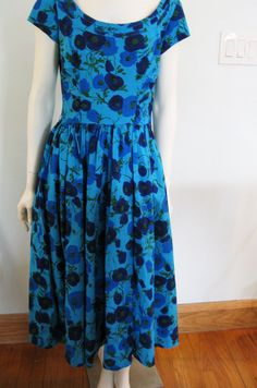 vintage 50's dress jerry gilden bold floral print blue cotton day dress