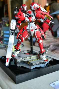 MG 1/100 Tallgeese Boros - Custom Build     Modeled by Otaku on a Budget