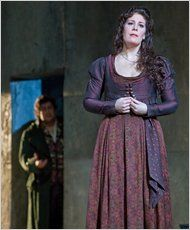 Once stalled in her career, Sondra Radvanovsky is now a top singer of Verdi for the Metropolitan Opera. Singer Costumes, Top Singer, Metropolitan Opera, Opera Singers, Ny Times, Music, Pretty, Legends, York