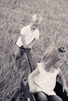 Amazing Photographer - Kelleigh M. My Noah and Sarah Liz