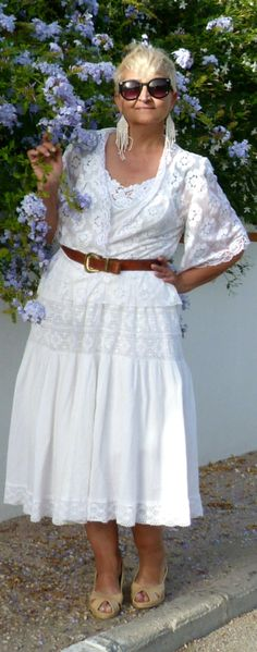 http://www.mispapelicos.com/2014/07/share-in-style-white.html#.U80oIbG2W_I