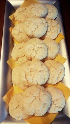 Μπισκοτάκια του λεπτού !!!! ~ ΜΑΓΕΙΡΙΚΗ ΚΑΙ ΣΥΝΤΑΓΕΣ 2 Sweets Recipes, Cookie Recipes, Snack Recipes, Greek Desserts, Greek Recipes, Healthy Snaks, Food Gallery, Greek Cooking, Biscuit Cookies