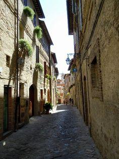 Italy, Umbria, Bevagna