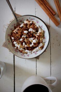 Oatgasm: Cinnamon Roll Oatmeal