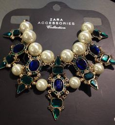 Zara statement necklace #zara #fashion #pattyaratablog