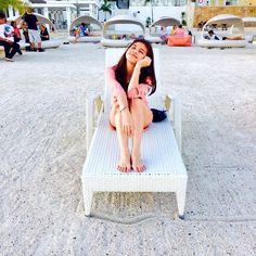 Bibi Meng enjoying some sun at the beach in Cebu - Jan 2016 ♡♡♡ Gma Network, Maine Mendoza, Alden Richards, Better Half, Cebu, Beach, Book Fandoms, Idol, Character