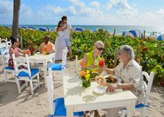 Dining at our beachfront hotels in fort lauderdale