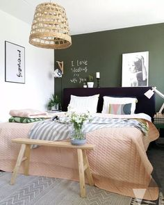 Nice Deco Chambre Kaki that you must know, You?re in good company if you?re looking for Deco Chambre Kaki Green And White Bedroom, Green Bedroom Walls, Living Room Green, Bedroom Paint Colors, Green Walls, Black Bedroom Design, Bedroom Black, Bedroom Small, Bedroom Designs