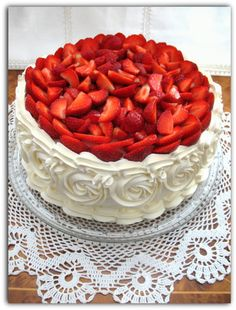 Bakery, Birthday Cake, Europe, Dishes, Desserts, Food, Food Cakes, Tailgate Desserts, Deserts