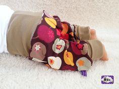 ★ Babyhose retro Äpfel Pumphose Gr. 50-98 von DONNERSTAGSKINDER auf DaWanda.com