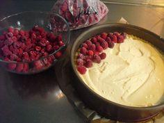 Sinas leckerer Himbeerpuddingkuchen, ein schmackhaftes Rezept aus der Kategorie Kuchen. Bewertungen: 689. Durchschnitt: Ø 4,7.
