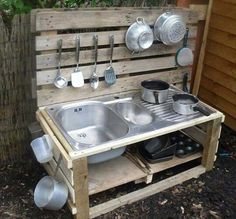 If you are looking for Outdoor Kids Kitchen, You come to the right place. Here are the Outdoor Kids Kitchen. This post about Outdoor Kids Kitchen was posted under the. Outdoor Play Kitchen, Diy Mud Kitchen, Mud Kitchen For Kids, Outdoor Play Spaces, Kids Outdoor Play, Kids Play Area, Outdoor Kitchen Design, Backyard For Kids, Diy For Kids