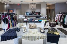 New Designer Consignment Boutique 'To Be Continued' Opens in Scottsdale - Style Files Designer Consignment, Consignment Shops, Luxury Consignment, Boutique Window Displays, Store Design, News Design, Boutiques, Shopping, Phoenix
