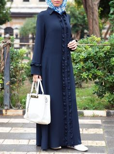 Abaya/Gaon For Women 😍 Price Only To place order and more information DM💌 Muslim Women Fashion, Islamic Fashion, Abaya Fashion, Fashion Dresses, Simple Gown Design, Muslim Long Dress, Simple Gowns, Mode Abaya, Abaya Designs