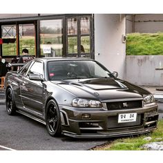 nissan skyline GTR o Nissan Skyline, Nissan Gtr Skyline, Nissan Gtr R34, Old Sports Cars, Sport Cars, Street Racing Cars, Tuner Cars, Japan Cars, Double Tap
