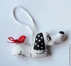 Новый год 2017 ручной работы. Ярмарка Мастеров - ручная работа. Купить игрушка Такса. Handmade. Украшение на елку, игрушка на елку