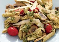 Penne with mushrooms and artichokes