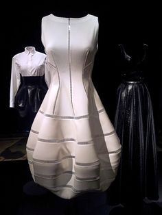 Haute Couture Paris, Haute Couture Style, Couture Mode, Couture Fashion, 80s And 90s Fashion, High Fashion, Womens Fashion, Glam Dresses, Fashion Dresses