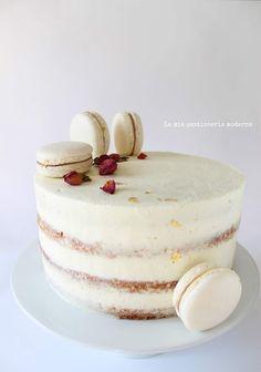 24th Birthday Cake, Nake Cake, Drop Cake, Pastel, Daily Meals, Celebration Cakes, Vanilla Cake, Baked Goods, Panna Cotta