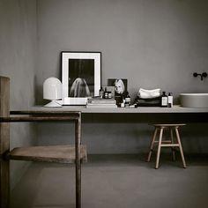 Stylisten i fokus på nästa veckas möbelmässa och nya lampkollektionen i samarbete med en stylist. Mer på @novabeatrice nyhetssvep på residencemagazine.se bild av @lottaagaton by residencemag