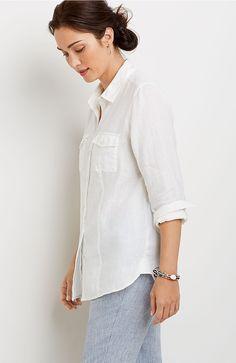 "Two-pocket linen shirt in ""white"""