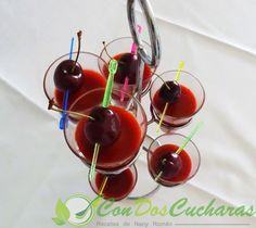 ConDosCucharas.com Gazpacho de cerezas - ConDosCucharas.com Cherry, Fruit, Food, Appetizer Recipes, Cold Cuts, Sweet Recipes, Cooking, Vitamins And Minerals, Sweet Bread
