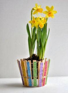 Bricolage enfant on pinterest bricolage easter crafts - Bricolage avec pince a linge en bois ...