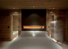 Extraordinary Wooden House in Rustic Idea Offers Warmth for You : Modern Chalet Gstaad In The Swiss Alps White Bedroom Chalet Design, House Design, Chalet Interior, Best Home Interior Design, Modern Interior, Master Bedroom Interior, Interior Design Living Room, White Bedroom, Master Bathroom