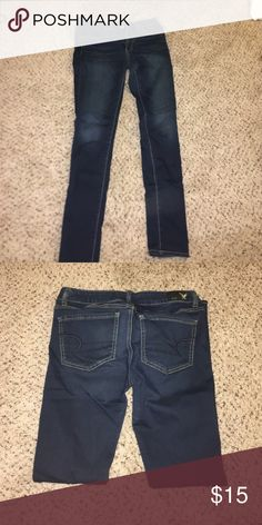 American eagle skinny jeans American eagle denim skinny jeans. Very nice, good condition. Gently worn . Give me an offer .  if you have questions please ask :) American Eagle Outfitters Pants Skinny