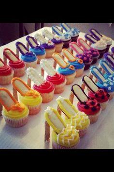 Shoe cupcakes!!! Love!!!!