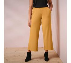 3/4 široké nohavice s vreckami na gombík | blancheporte.sk #blancheporte #blancheporteSK #blancheporte_sk #vianoce #outfit Outfit, Pants, Products, Fashion, Pretty Heels, Elastic Waist, Pockets, Outfits, Trouser Pants