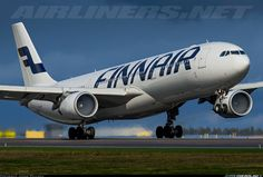 Airbus A330-302 aircraft picture