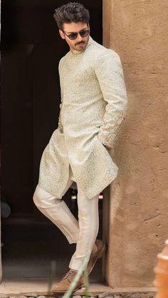 Sherwani Groom, Mens Sherwani, Wedding Sherwani, Wedding Outfits For Groom, Groom Wedding Dress, Wedding Suits, Wedding Men, Indian Groom Dress, Suits And Sneakers