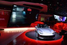 Ferrari dévoile sa GTC4Lusso T - Mondial de l'auto #MONDIALAUTO