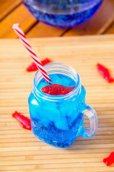 Copycat Sonic Ocean Water Recipe: The most gorgeous and refreshing summer drink around.