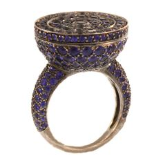 "BOUCHERON Sapphire-Set ""Secret"" Ring