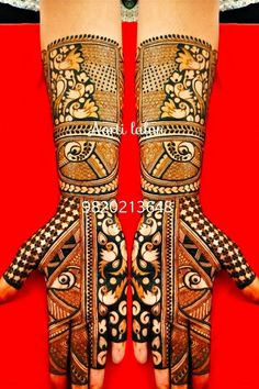 Arabic Mehendi Designs - Check out the latest collection of Arabic Mehendi design ideas and images for this year. Arabic mehndi designs are the most fashionable and much in demand these days. Peacock Mehndi Designs, Indian Mehndi Designs, Stylish Mehndi Designs, Wedding Mehndi Designs, Mehndi Design Pictures, Beautiful Henna Designs, Indian Mehendi, Mehndi Desighn, Bridal Makeup