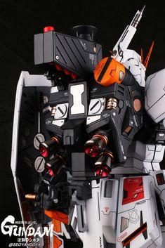 Neo Grade Nu Gundam - Customized Build Modeled by Seoyahooya Christian Tumblr, Andrew Christian, Big Robots, Zeta Gundam, Gundam Custom Build, Frame Arms, Gunpla Custom, Neutral Color Scheme, Gundam Model