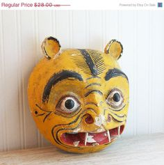 ON SALE Mexican Mask Vintage Mask Cat Jaguar Yellow by MollyFinds, $22.40 #tribal #mexican #vintage #cat