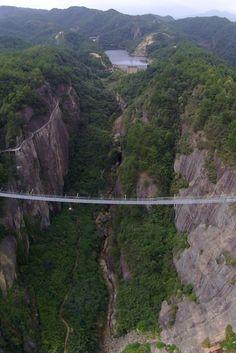 China Opens Terrifying Giant Glass Suspension Bridge