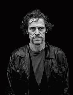 Willem Dafoe (b. Appleton, Wisconsin), by Helmut Newton. Celebrity Photography, Celebrity Portraits, Portrait Photography, Hollywood Men, Classic Hollywood, Willem Dafoe, Actor Headshots, Helmut Newton, Black And White Portraits
