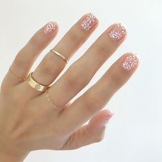 Spring Nails 11 Fresh, Spring-y Manicures That Will Impress Everyone At Easter Brunch Pretty spring nail art inspiration Nail Art Designs, Nail Designs Spring, Minimalist Nails, Spring Nail Art, Spring Nails, Summer Nails, Perfect Nails, Gorgeous Nails, Cute Nails