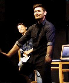 [gif] Jensen dancing #Supernatrual