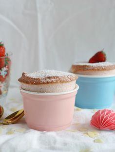 Erdbeer Souffle Dessert mit Sahne