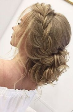 Best Ideas For Wedding Hairstyles : Featured Hairstyle:Elstile; Half Braided Hairstyles, Headband Hairstyles, Down Hairstyles, Pretty Hairstyles, Hairstyle Ideas, Simple Hairstyles, Curly Hairstyle, Elegant Wedding Hair, Wedding Hair And Makeup