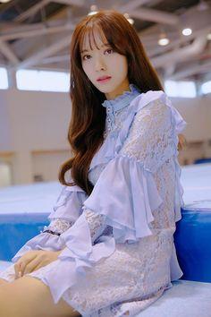 Kpop Girl Groups, Korean Girl Groups, Kpop Girls, Korean Beauty, Asian Beauty, My Girl, Cool Girl, Cosmic Girls, Japan