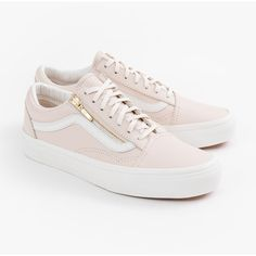 Vans Old Skool Zip ($165) ❤ liked on Polyvore featuring shoes, zipper shoes, leather upper shoes, fleece-lined shoes, vans shoes and cushioned shoes