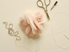 DIY gorgeous chiffon flowers - Sugar and Charm - sweet recipes - entertaining tips - lifestyle inspiration